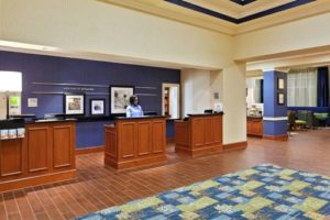 Hampton Inn Suites Orlando desk