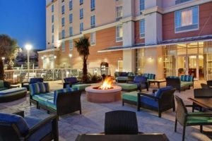 Hampton Inn Suites Orlando patio